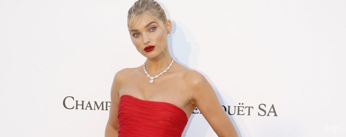 Ярче всех: Эльза Хоск в алом платье и в бриллиантах пришла на благотворительный прием в Каннах