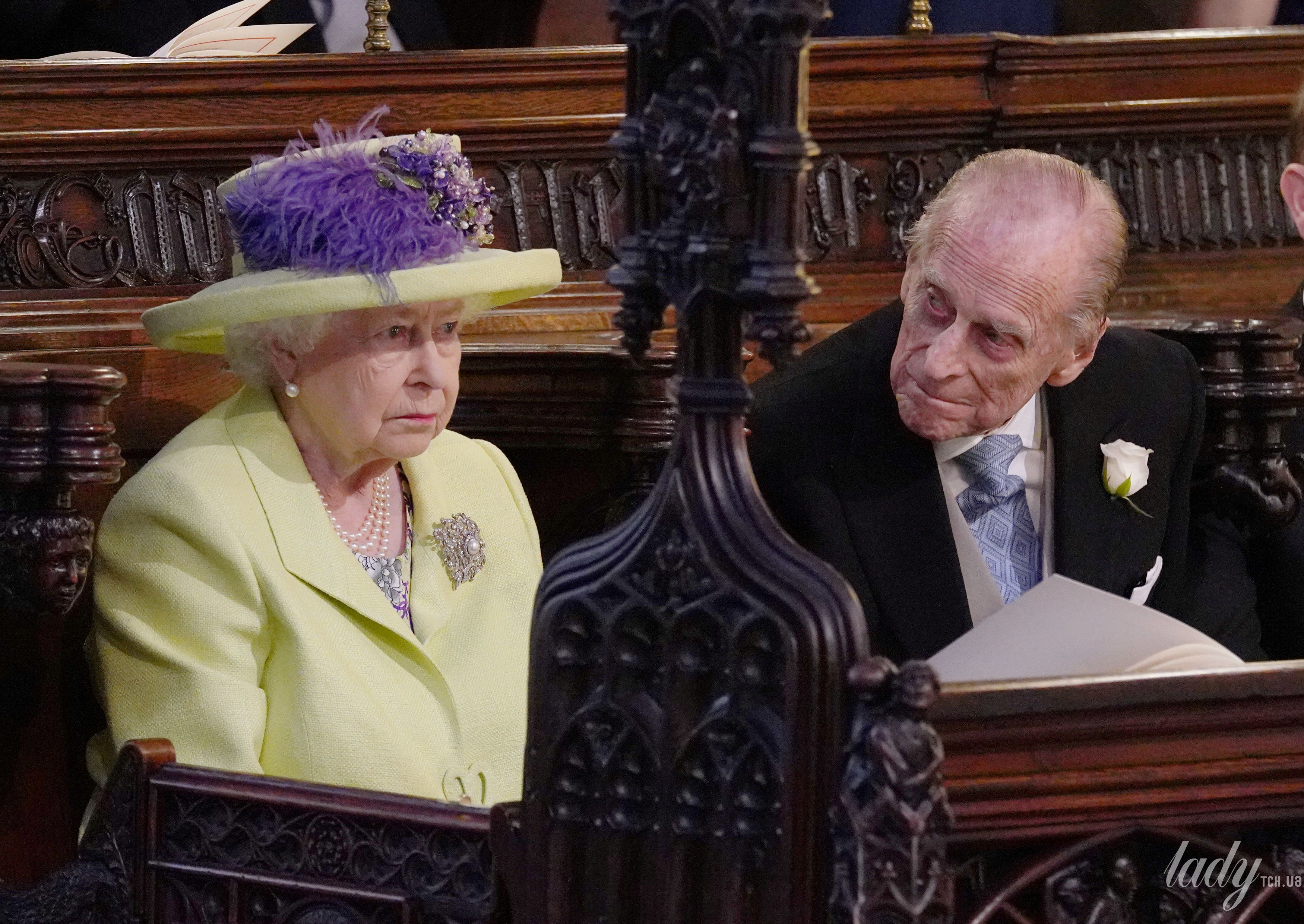 Королева Елизавета II на свадьбе Меган Маркл и принца Гарри_3