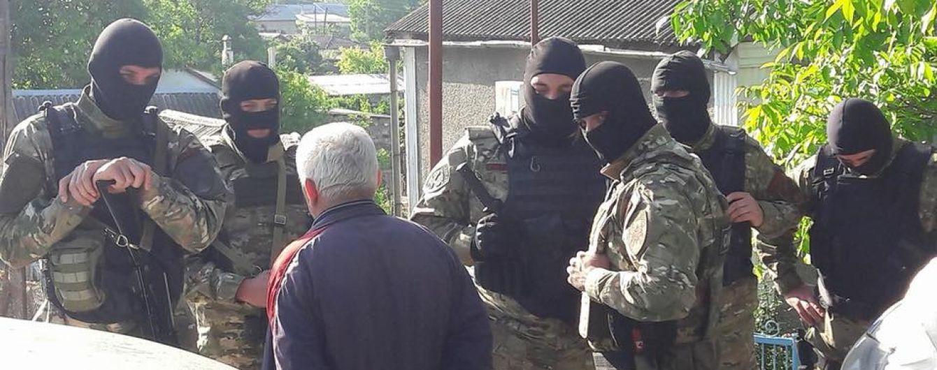 В ЕС призвали Россию немедленно освободить Сенцова, Балуха и заключенных крымских татар