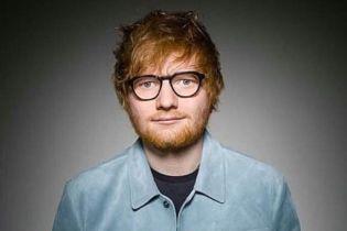 """Популярного британського співака визнано """"найкращим артистом"""""""