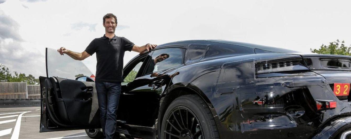 Марк Уэббер тестирует Porsche Mission E