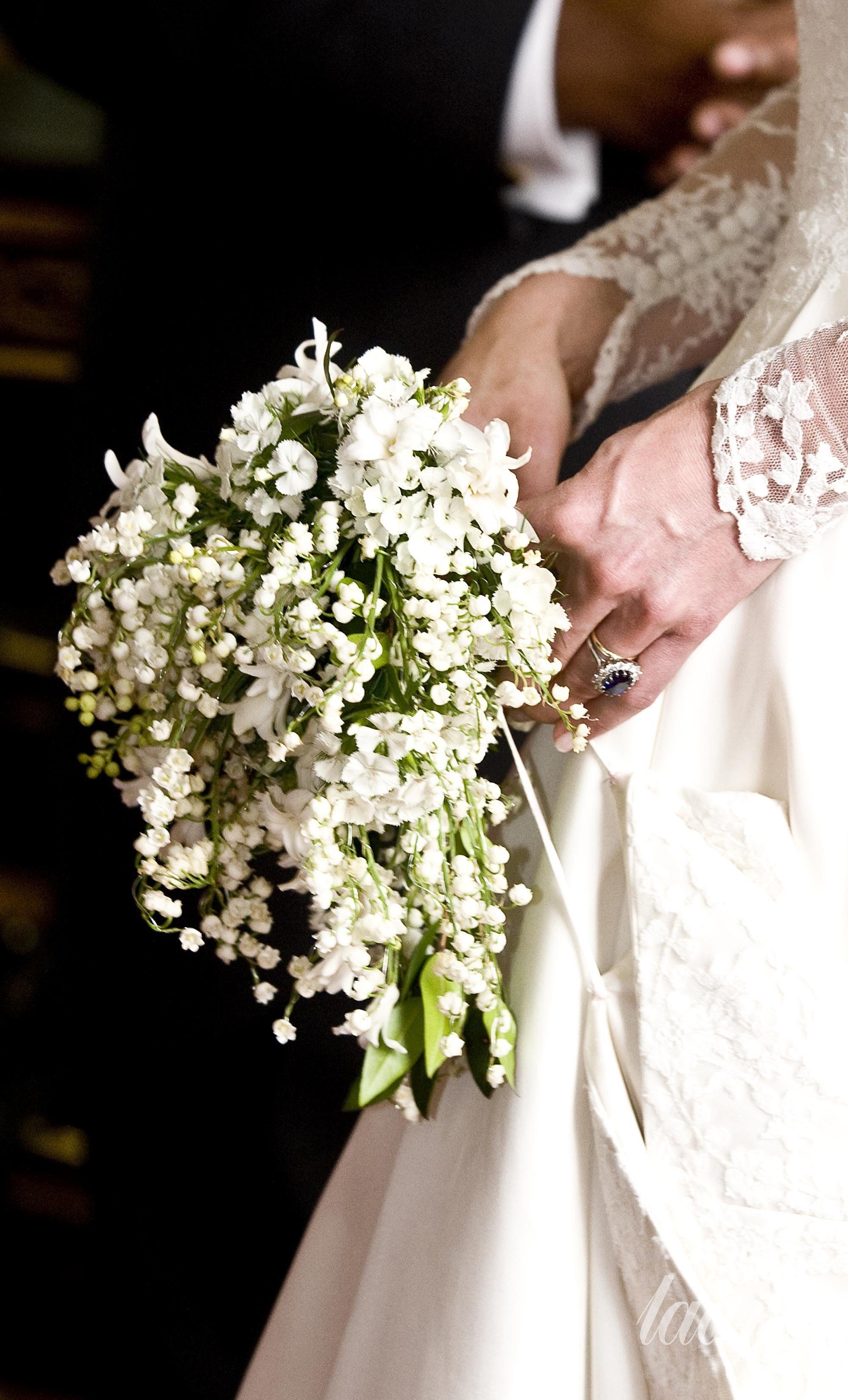 Свадебные букеты королевских свадеб, передавать букет
