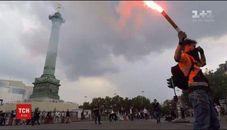 Забастовка в Париже переросла в столкновения между демонстрантами и полицией