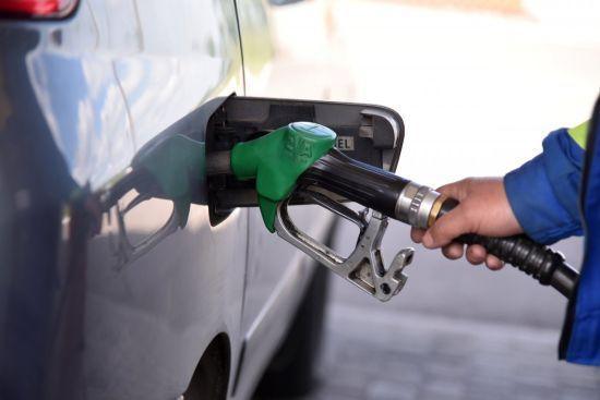 Скільки коштує заправити авто на АЗС уранці 11 жовтня