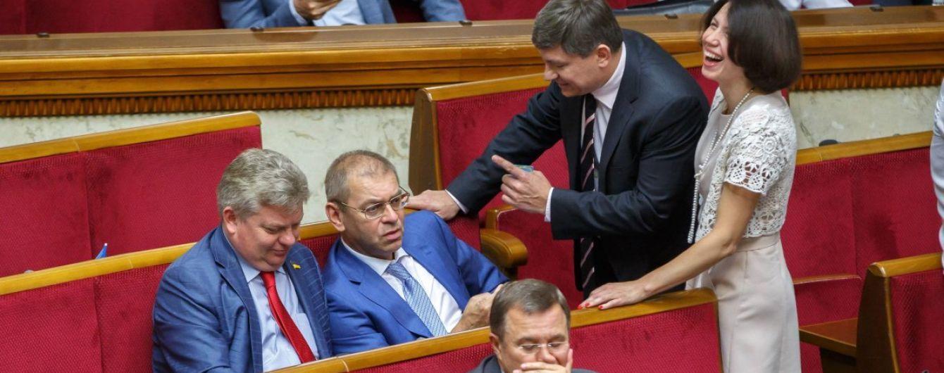 Рада выделила почти полтора миллиарда гривен дотаций государственным угольным шахтам