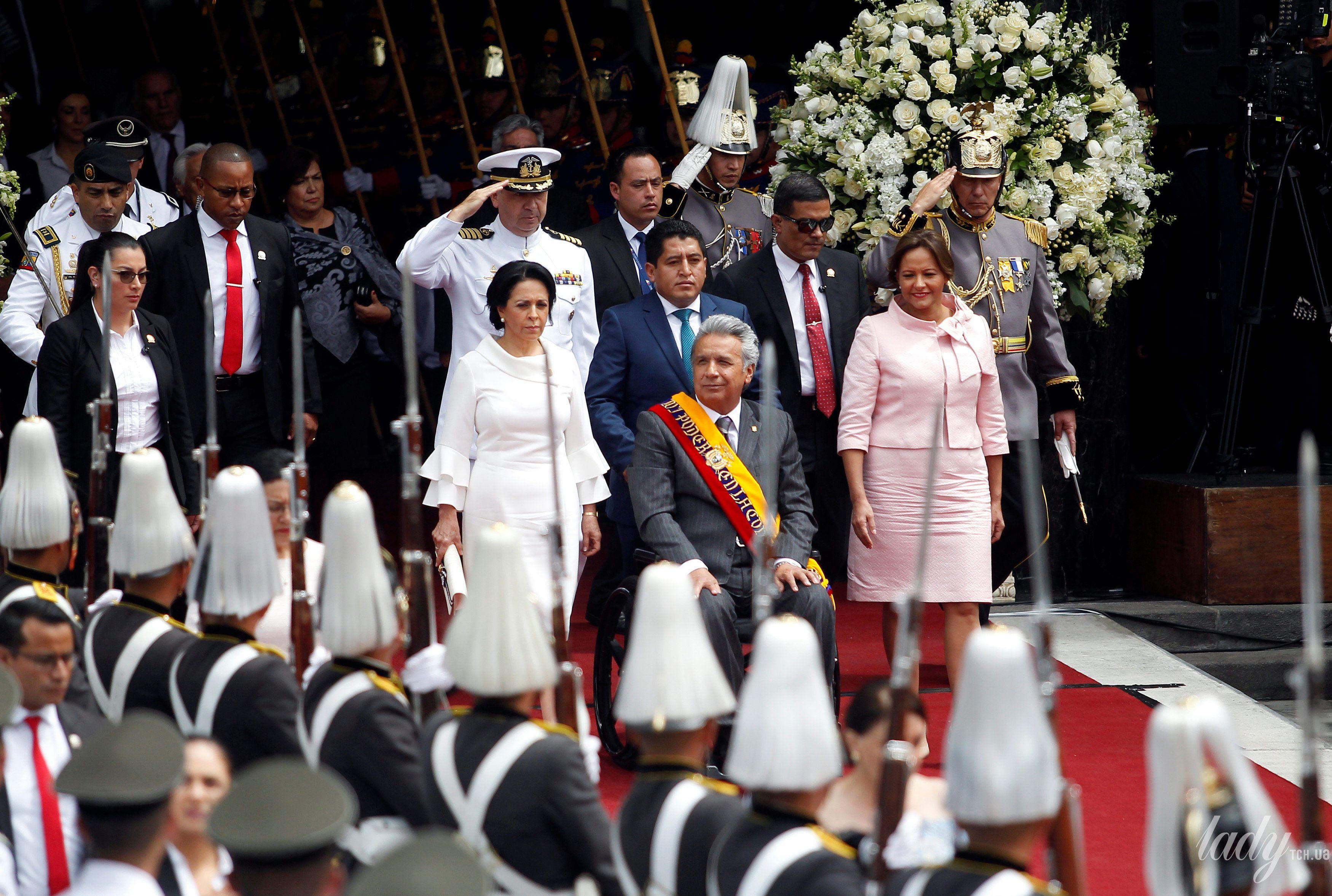 Президент Эквадора Ленин Морено первая леди Росия Гонсалес и президента Национального собрания Элизабет Кабезас_7