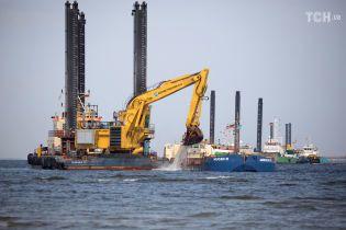 """Компанія, що будує """"Північний потік-2"""", шукає альтернативний шлях для труби"""