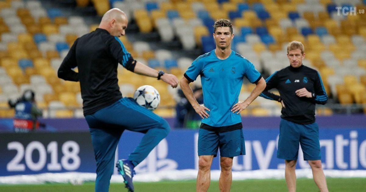 """Мадридський """"Реал"""" потренувався на """"Олімпійському"""" перед фіналом Ліги чемпіонів @ Reuters"""