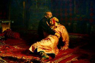 В России в Третьяковской галерее вандал изорвал известную картину Репина