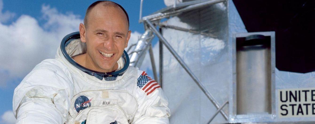 Умер астронавт, который дважды гулял по Луне