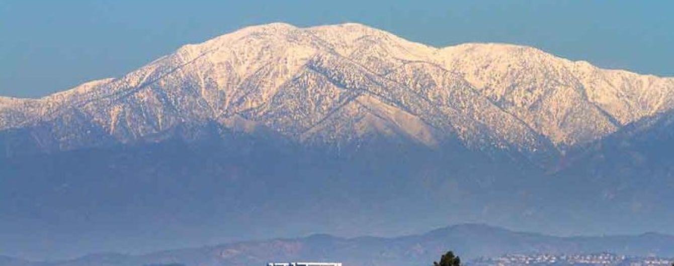 В Калифорнии женщина на авто слетела с 200-метровой скалы и смогла вызвать себе спасателей