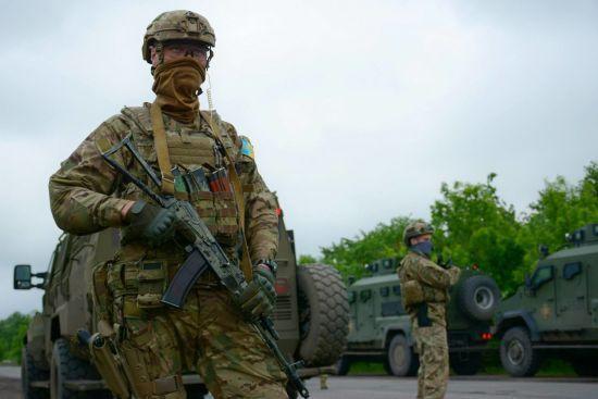 Ситуація на Донбасі: бойовики гатять з важких мінометів, втрат серед українських військових немає