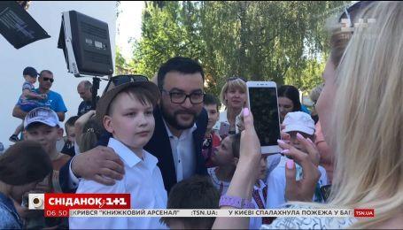 Как Руслан Сеничкин чуть не сорвал школьную линейку