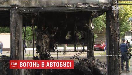Водитель маршрутного автобуса, который сгорел накануне в Киеве, рассказал о пережитом