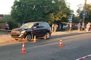 В Одессе на пешеходном переходе автомобиль насмерть сбил 4-летнюю девочку