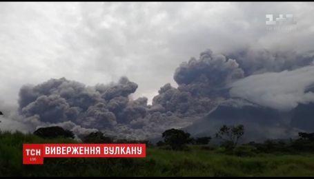 По меньшей мере 25 человек стали жертвами извержения вулкана в Гватемале