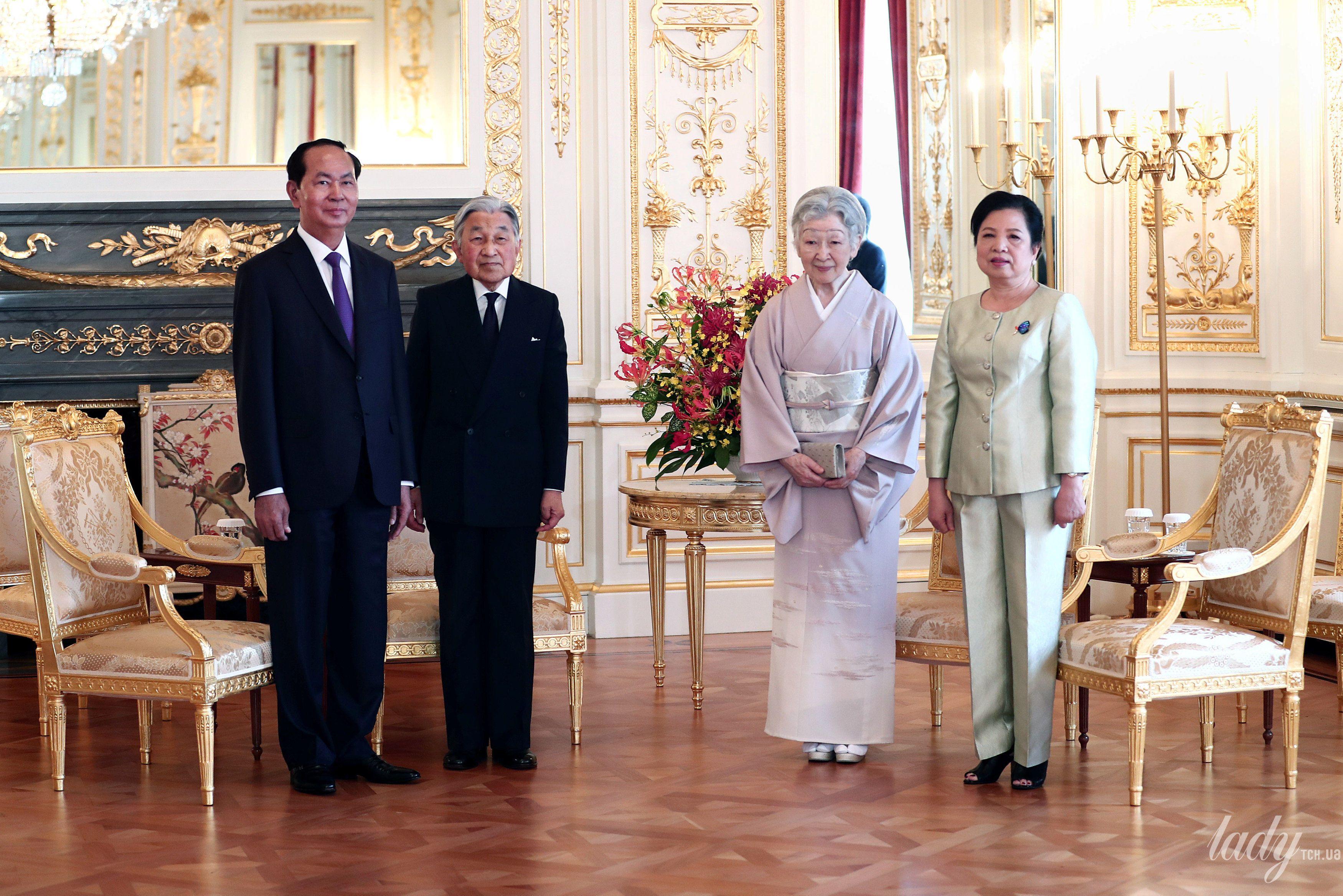 Императрица Митико и первая леди Вьетнама Нгуен Тхи Хиен