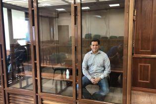 Сущенко перебуває не в карцері, а в приміщенні камерного типу - адвокат політв'язня