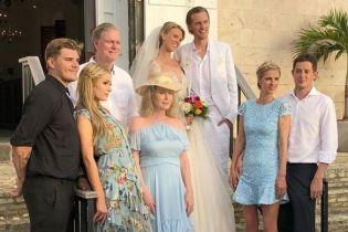 Пэрис Хилтон женила младшего брата и показала фото с его свадьбы