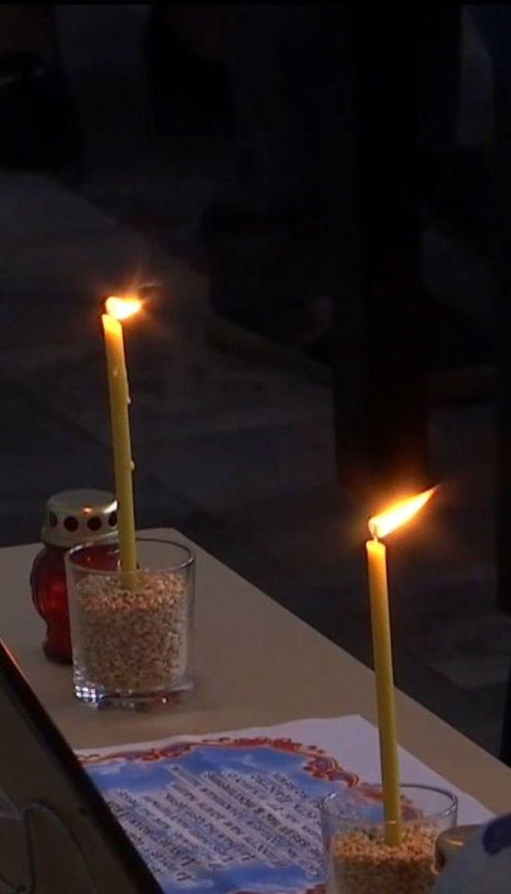 У Запоріжжі попрощались із жертвами моторошної ДТП