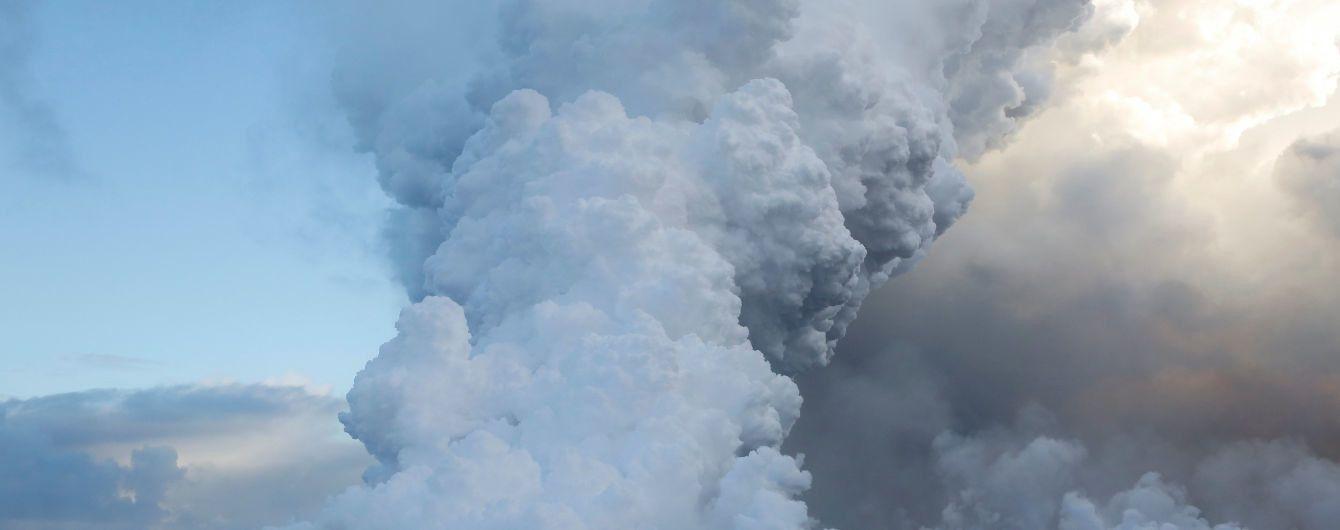 Наслідки виверження вулкана в Гватемалі та подробиці низки самогубств. П'ять новин, які ви могли проспати
