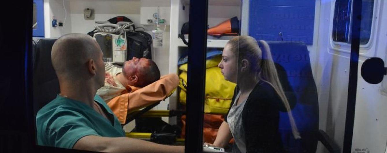 Поліція Миколаєва розшукує невідомого, який випустив в чоловіка 5 куль