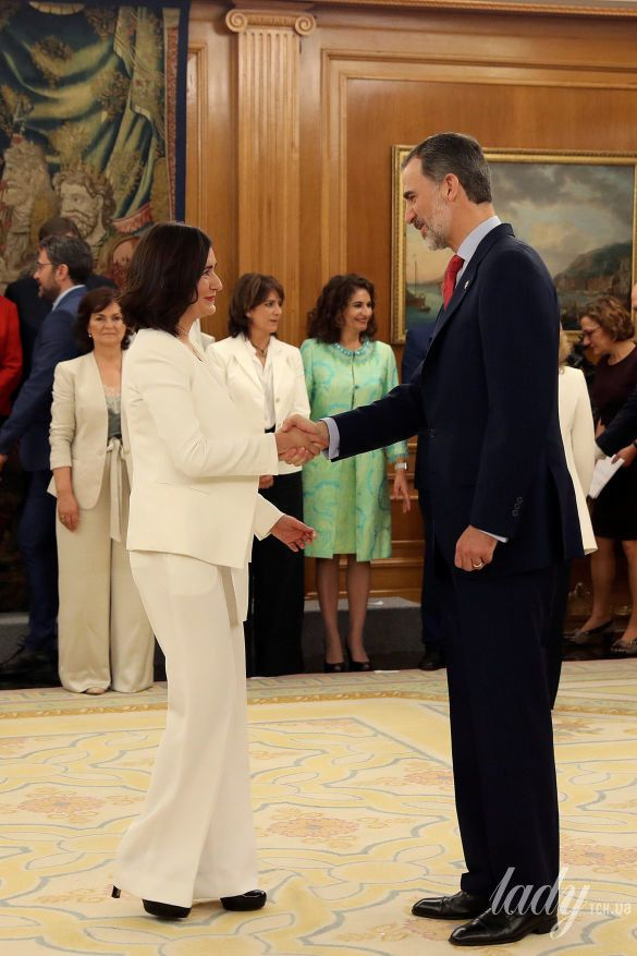 Министр здравоохранения Испании Кармен Монтон_2