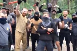 У поліції пообіцяли жорстко відреагувати на погром табору ромів у Голосіївському парку