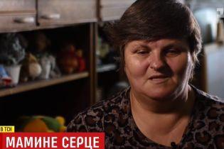 """Мама пропавших в АТО в 2014 году братьев-""""айдаровцев"""" до сих пор ищет своих детей"""