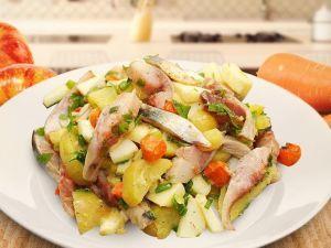 Незвичайний салат з оселедцем