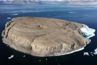 Whiskey War: Данія та Канада збираються врегулювати приналежність спірного острова