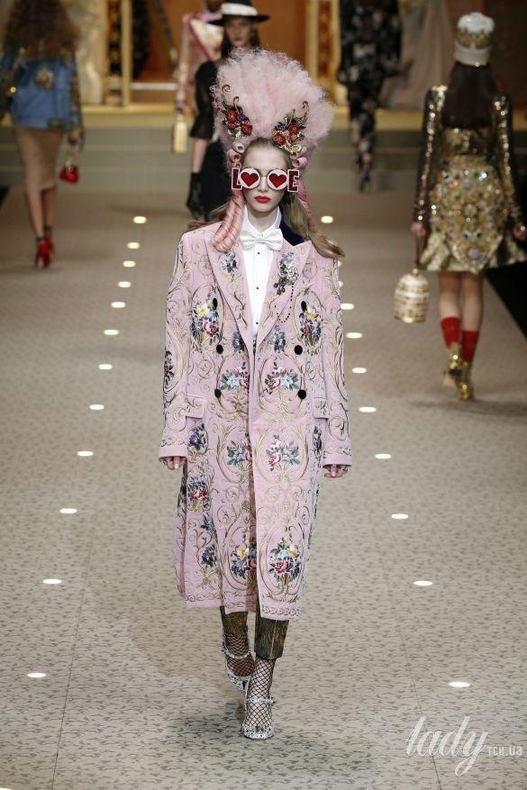 Коллекция Dolce&Gabbana прет-а-порте сезона осень-зима 2018-2019_11