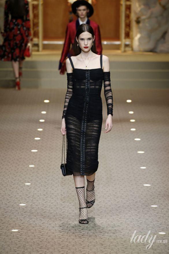 Коллекция Dolce&Gabbana прет-а-порте сезона осень-зима 2018-2019_98