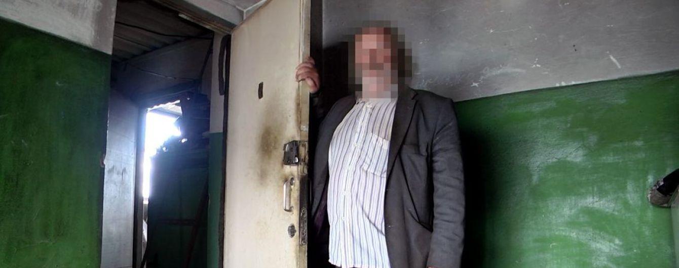 На Харьковщине пенсионер-педофил несколько дней удерживал девятилетнюю девушку в котельной