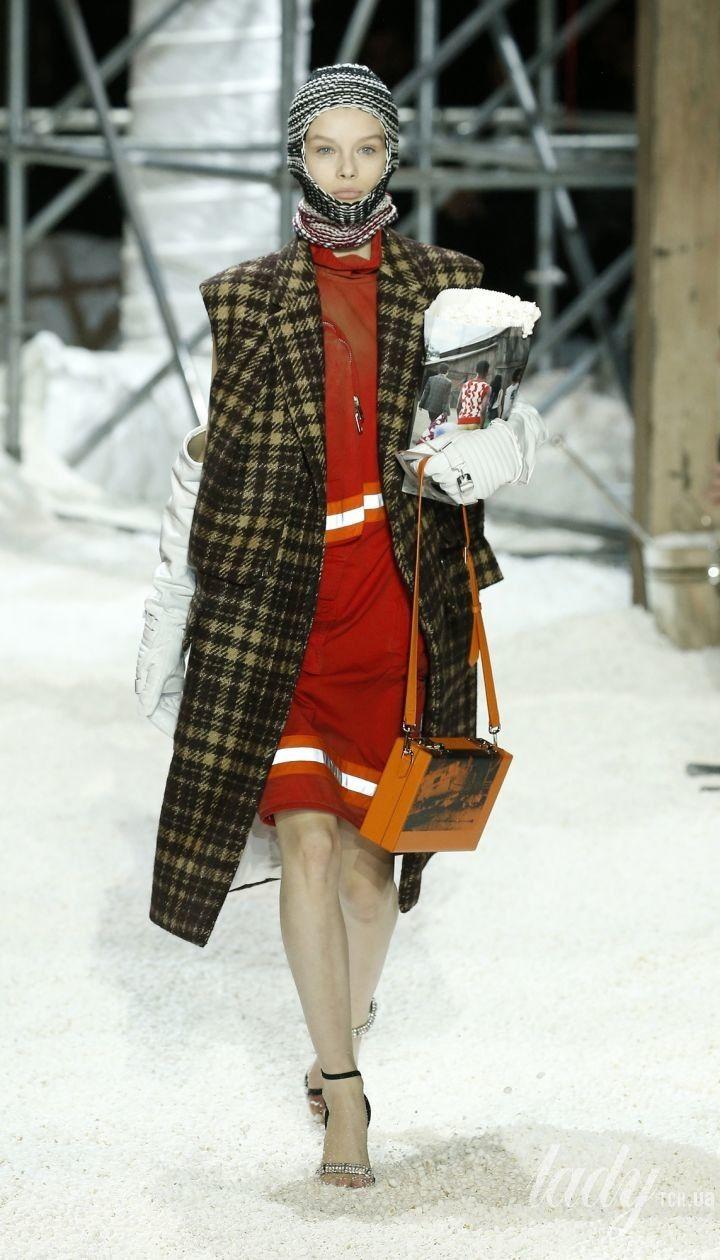 Коллекция Calvin Klein прет-а-порте сезона осень-зима 2018-2019