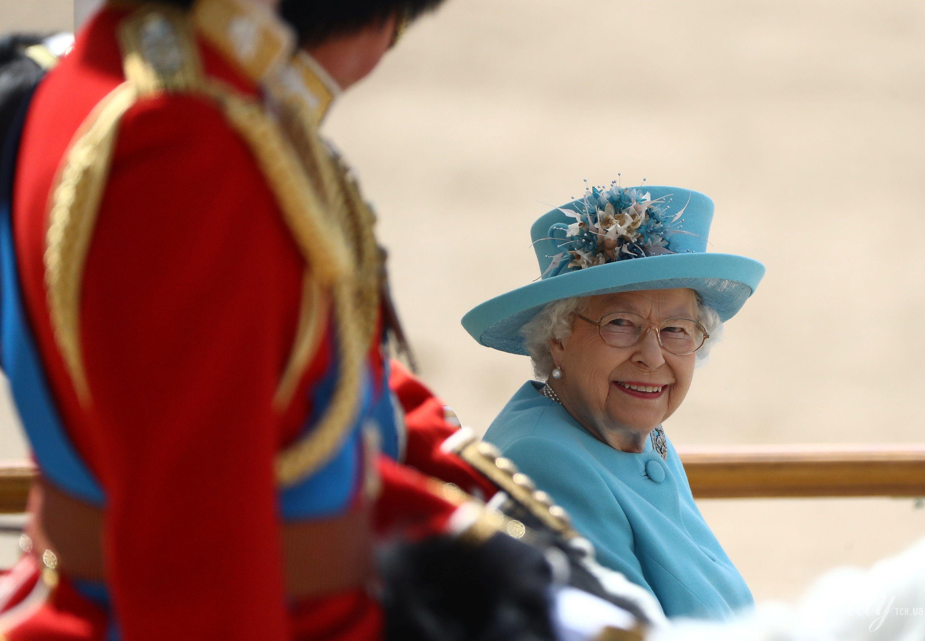 Королева Елизавета II_3