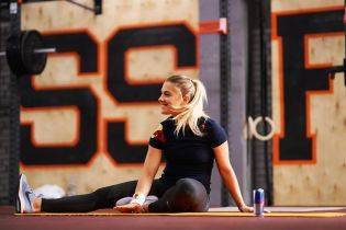 Украинская фехтовальщица-чемпионка Харлан качественно спародировала Ломаченко во время тренировки