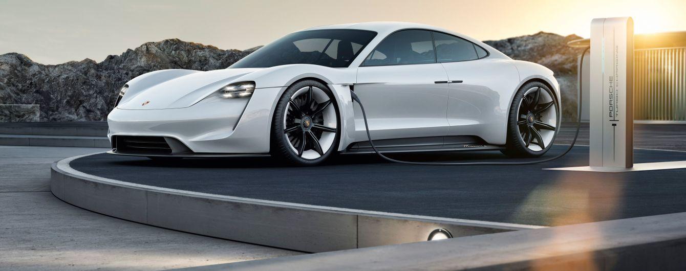 У Porsche визначилися з ім'ям майбутнього електрокара