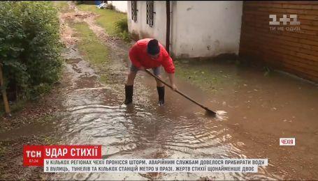 В нескольких районах Чехии пронесся шторм