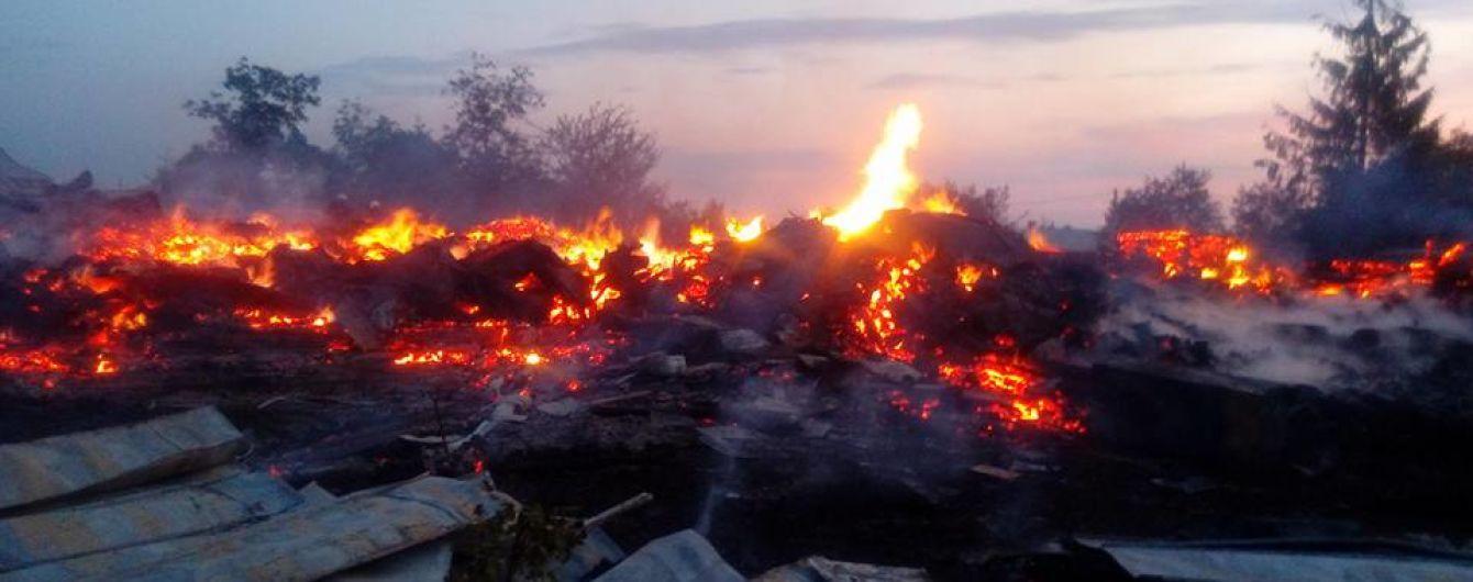На Прикарпатье сгорела крупнейшая деревянная церковь Западной Украины