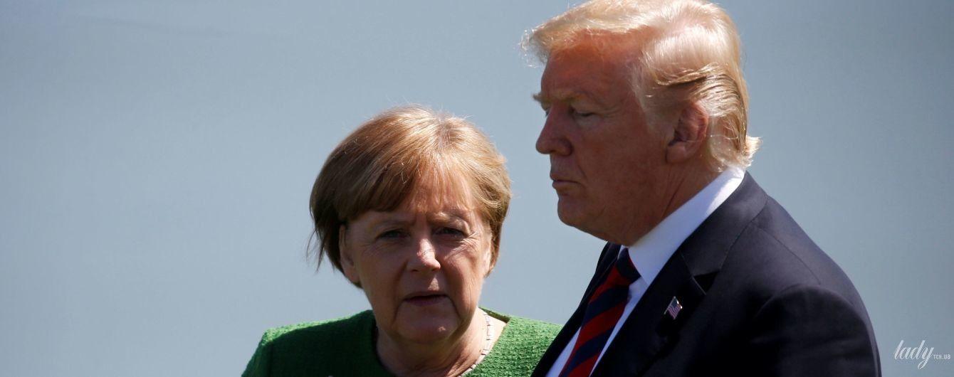 В пиджаке модного цвета: Ангела Меркель поговорила с Трампом у озера