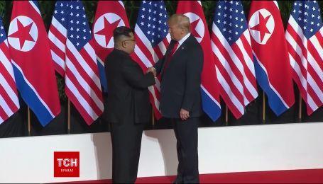 В Сингапуре впервые состоялась встреча Ким Чен Ына и Трампа