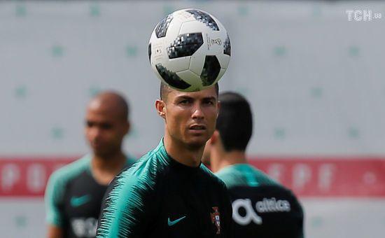 Тренер збірної Португалії впевнений, що Роналду не міг нікого зґвалтувати