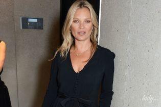 Выглядит хорошо: Кейт Мосс пришла на открытие бутика Stella McCartney в блузе с глубоким декольте