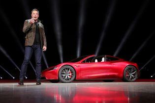 Tesla объявила о сокращении сотрудников