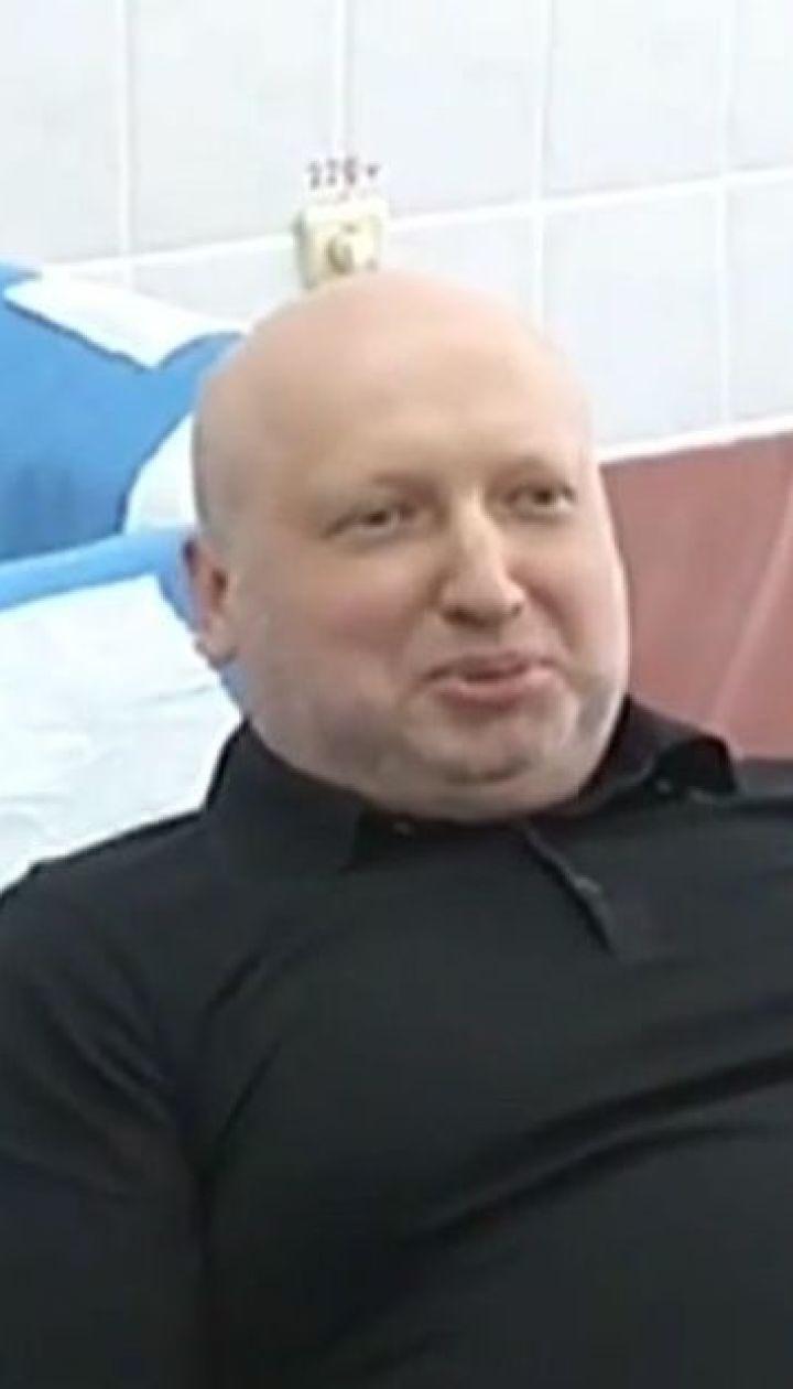 Секретарь СНБО призвал чиновников делиться своей кровью с украинскими воинами