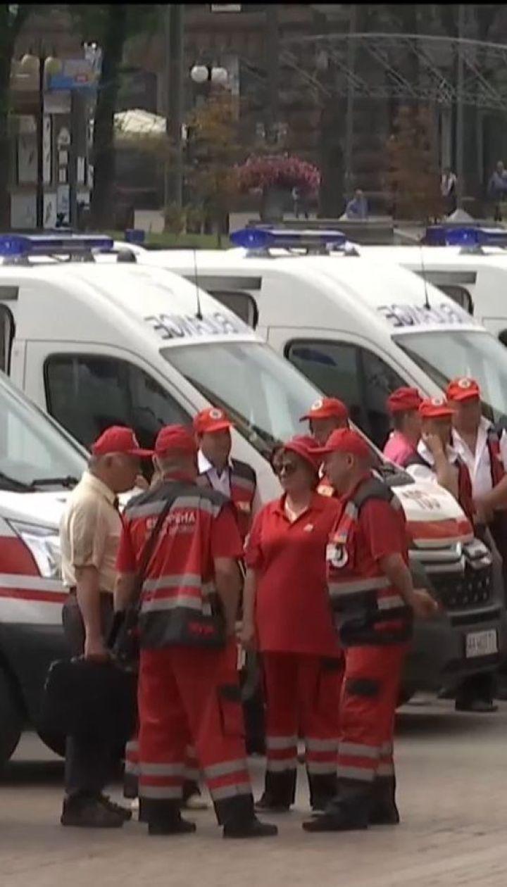 25 новеньких карет скорой поступили на службу столичных больниц