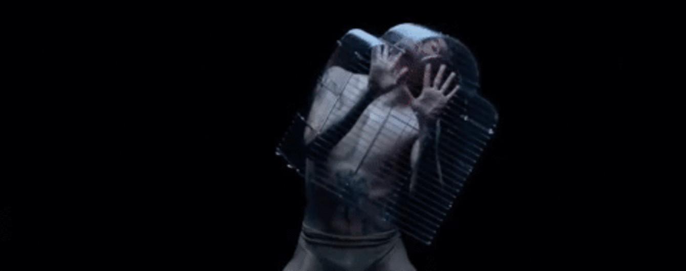 Танцы в клетке и завораживающие движения: звезда мирового балета украинец Сергей Полунин снялся в эмоциональном видео