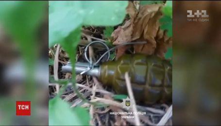 У Харкові невідомі підклали бойові гранати під військкомат