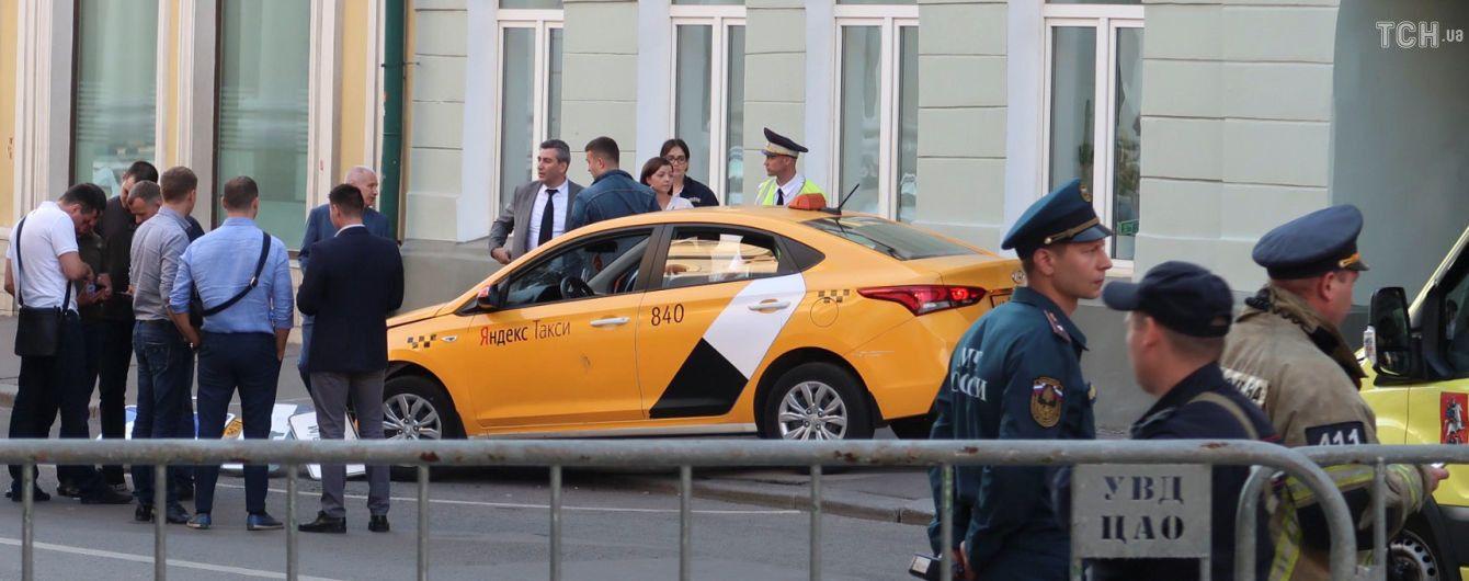 Таксист, який збив пішоходів у Москві, пояснив причину ДТП